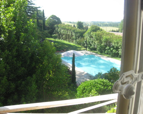View at the garden and Pool from room A l' Est